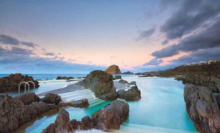 شنا کردن,استخرهای طبیعی,پورتو مونیز